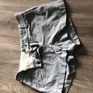 J crew cotton blend shorts with 2.5 inch inseam